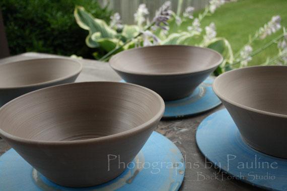 I made more serving bowls.
